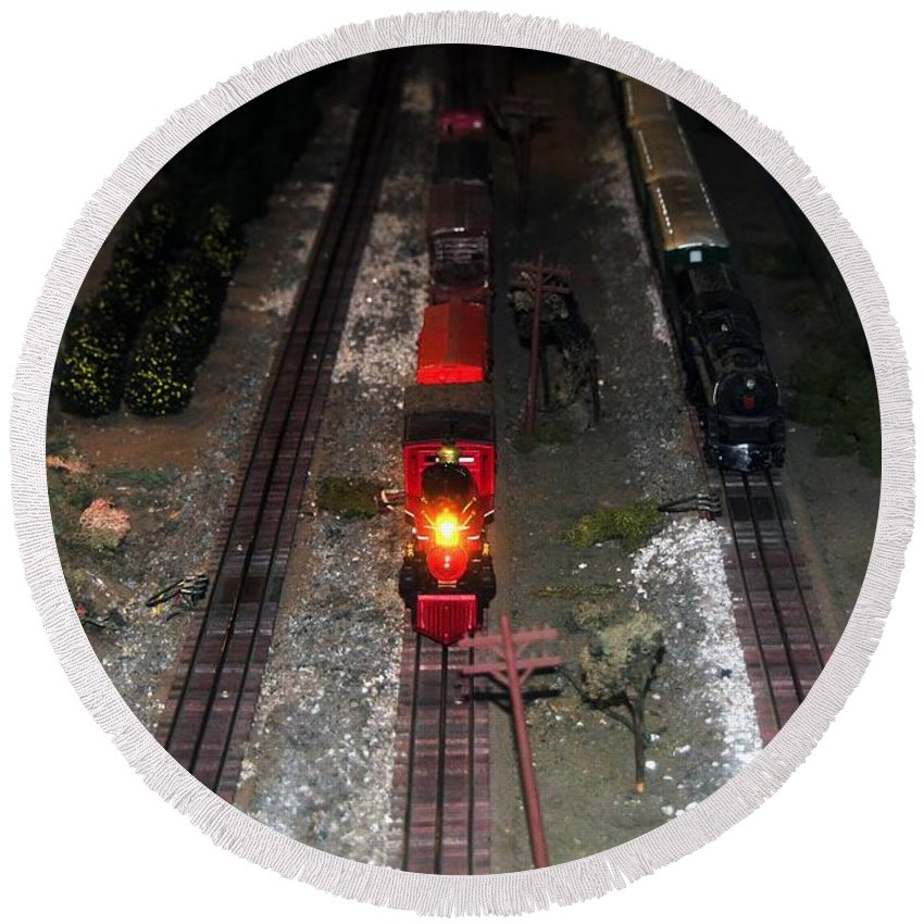 Train Round Beach Towel featuring the photograph Train Set by David Lee Thompson