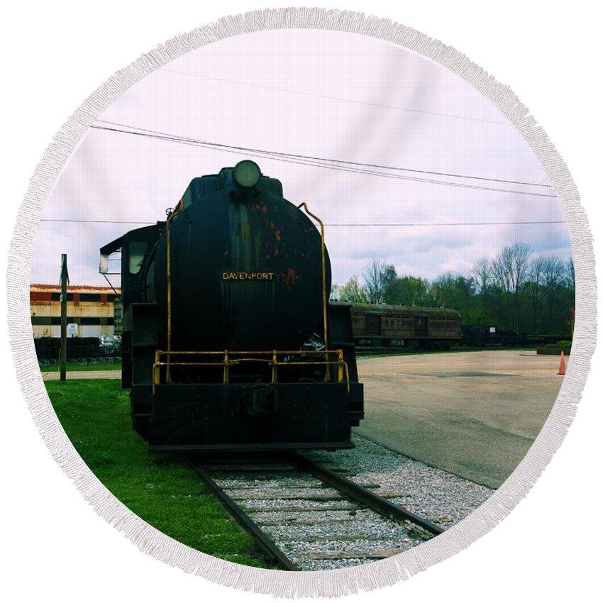 Train Round Beach Towel featuring the photograph Trains 3 7 by Jay Mann