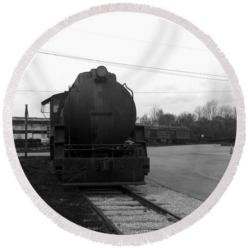Train Round Beach Towel featuring the photograph Trains 3 Blkwht by Jay Mann