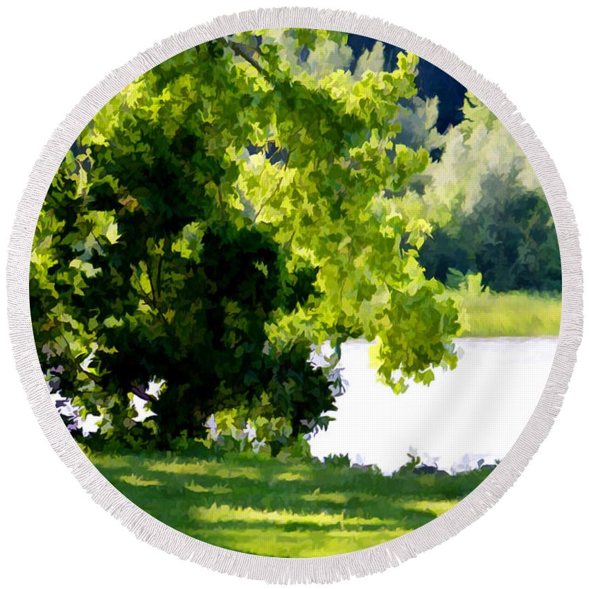 Lake Round Beach Towel featuring the painting Tree At Riverside Park 3 by Jeelan Clark