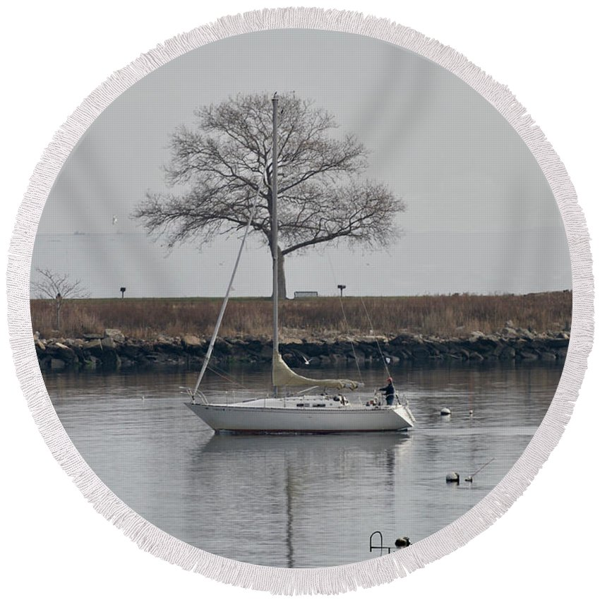 Sail Round Beach Towel featuring the photograph Tree Breeze by Alan Thal