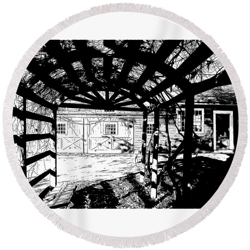 Black & White Round Beach Towel featuring the photograph Trellis Pov by Betsy Zimmerli