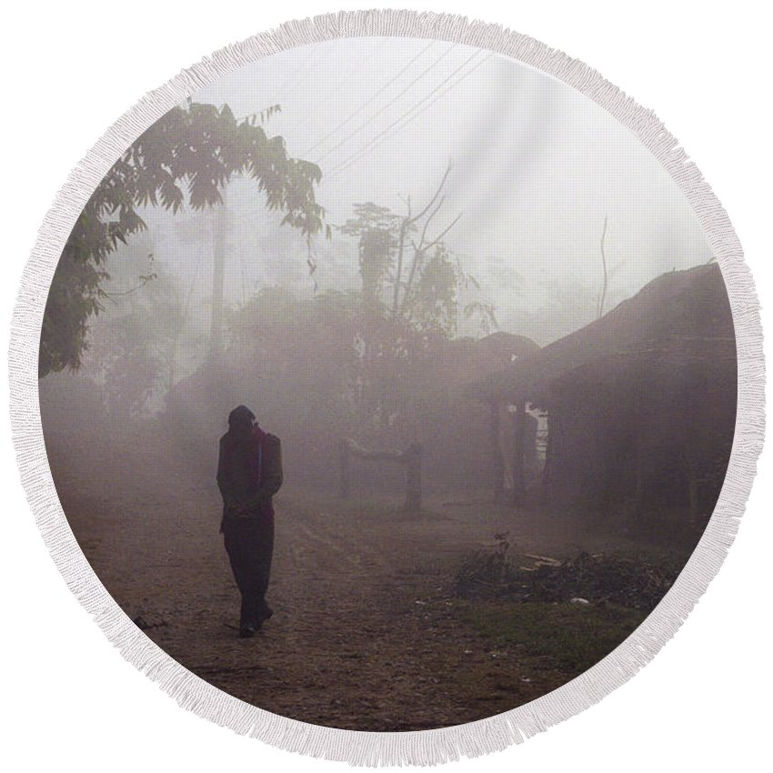 Nepal Round Beach Towel featuring the photograph Tristesse by Patrick Klauss