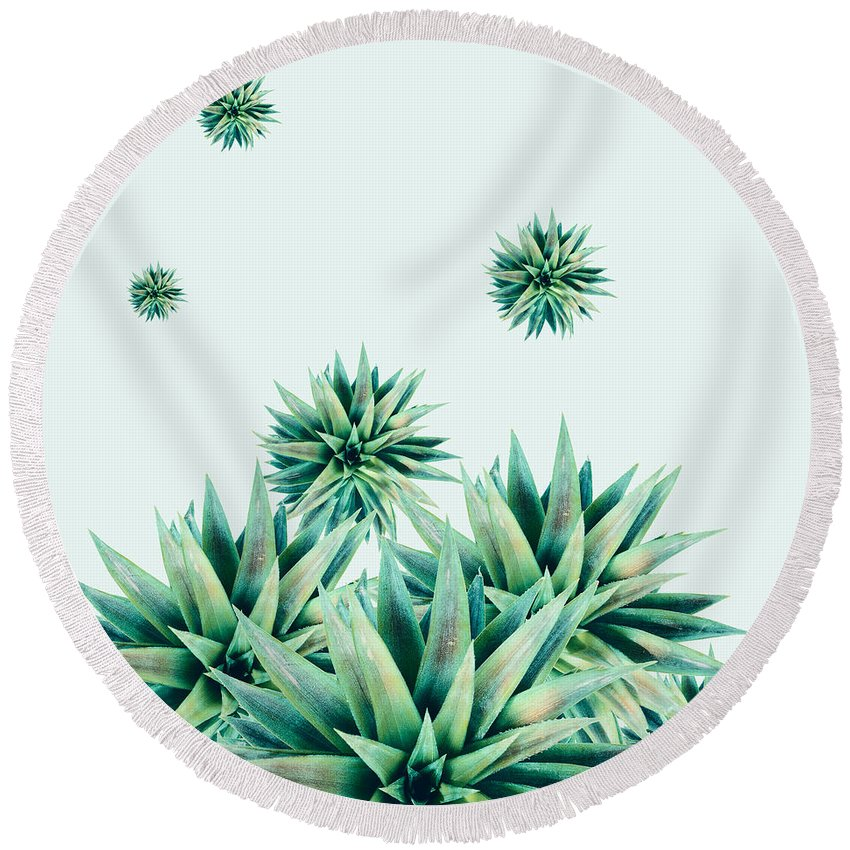 Summer Round Beach Towel featuring the photograph Tropical Stars by Mark Ashkenazi