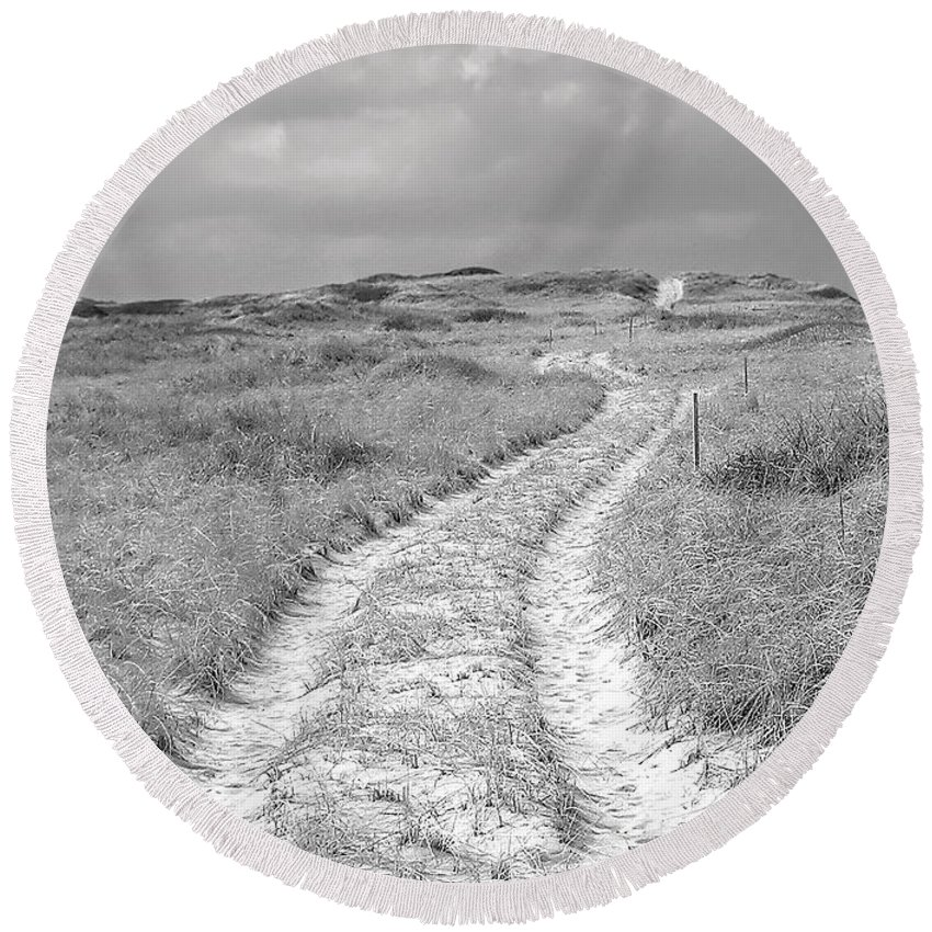 Truro Round Beach Towel featuring the photograph Truro Dune Trail by Charles Harden