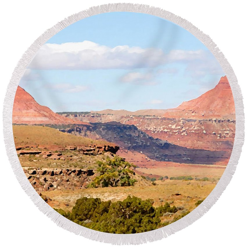 Twin Buttes Round Beach Towel featuring the photograph Twin Buttes by David Lee Thompson