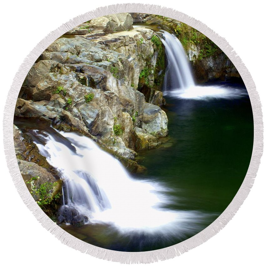 Waterfalls Round Beach Towel featuring the photograph Twin Falls 3 by Marty Koch