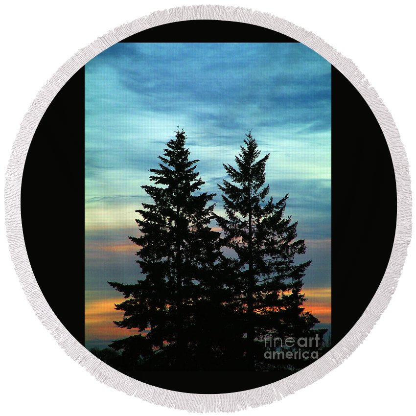 Twin Trees Round Beach Towel featuring the photograph Twin Trees by Nick Gustafson