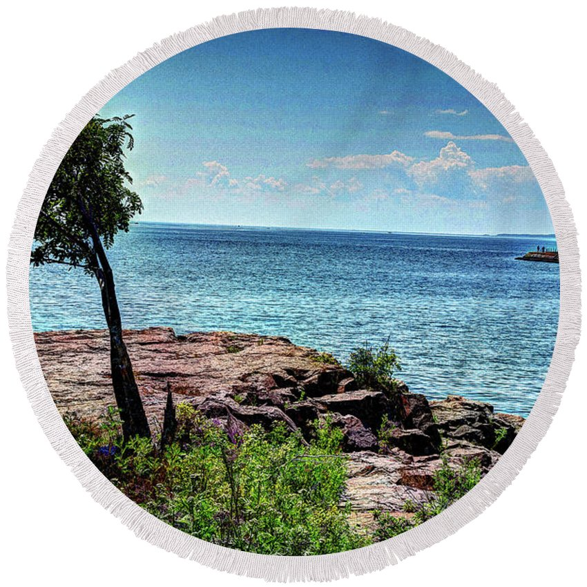 Lake Round Beach Towel featuring the photograph Two Harbors North Pierhead Light by Deborah Klubertanz