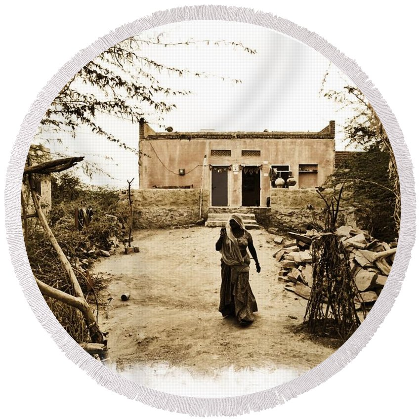 House Round Beach Towel featuring the photograph Typical House India Rajasthani Village 1e by Sue Jacobi