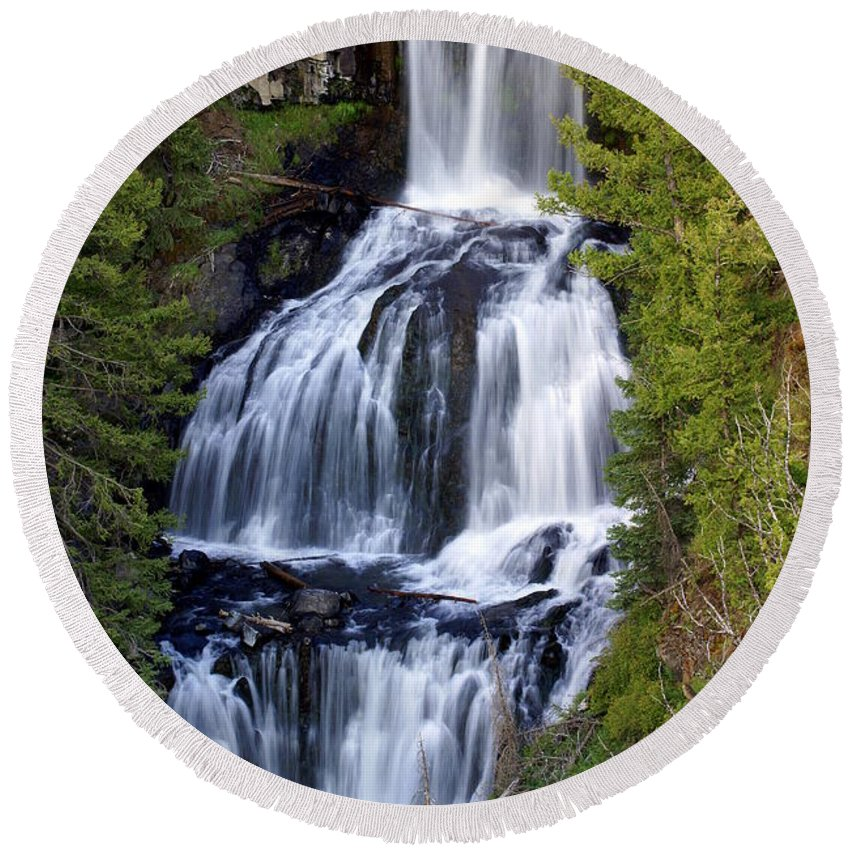 Udine Falls Round Beach Towel featuring the photograph Udine Falls by Marty Koch