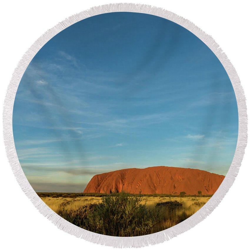 Mountain Round Beach Towel featuring the photograph Uluru Sunset 01 by Werner Padarin