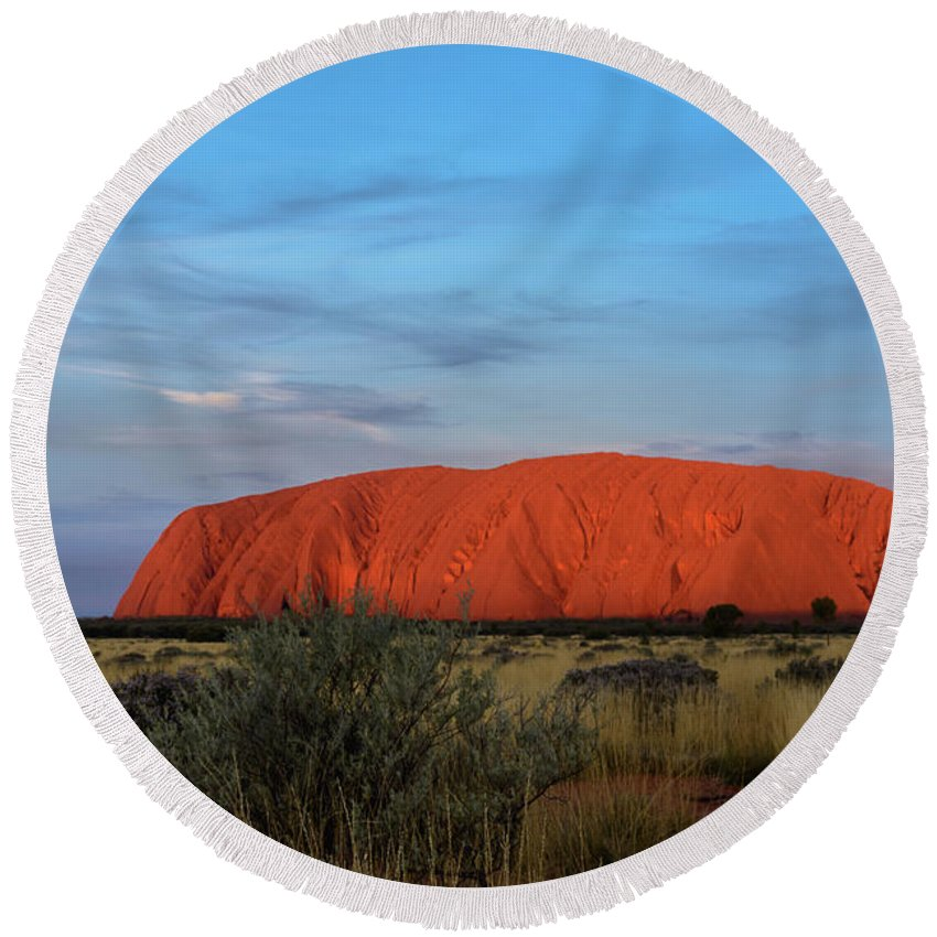 Mountain Round Beach Towel featuring the photograph Uluru Sunset 03 by Werner Padarin