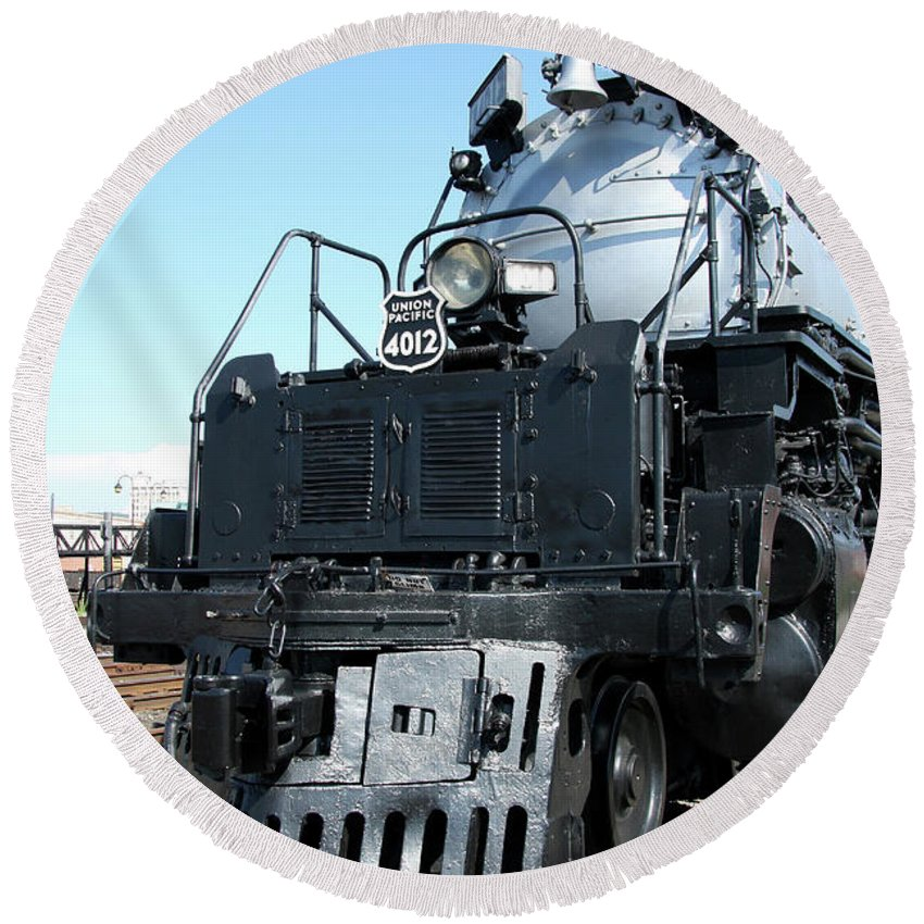 Union Pacific Big Boy Round Beach Towel featuring the photograph Union Pacific Big Boy I by Christiane Schulze Art And Photography