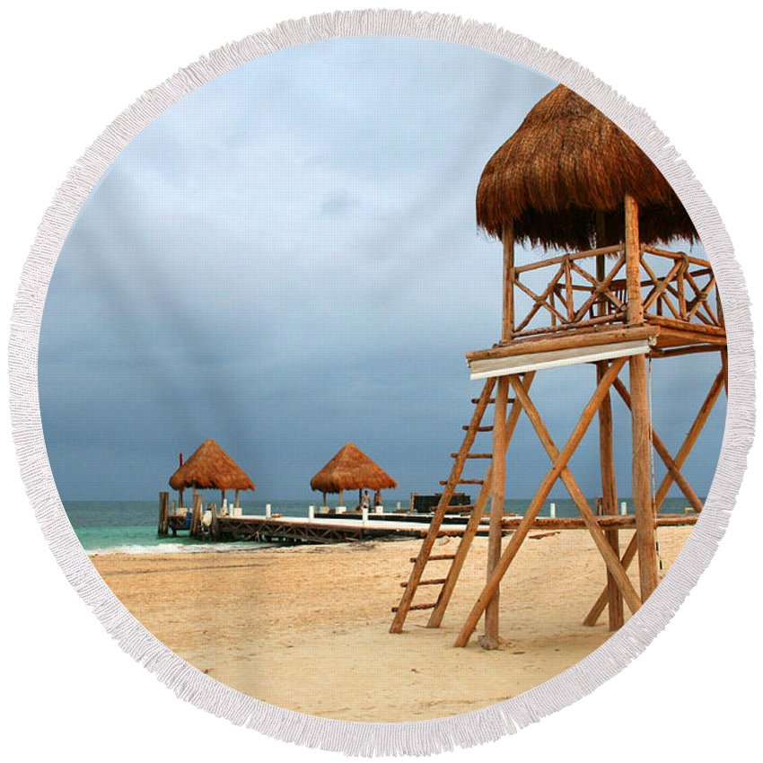 d68389d3ea8 Lifeguard Tower Round Beach Towel featuring the photograph Unique Lifeguard  Tower by Chris Brannen
