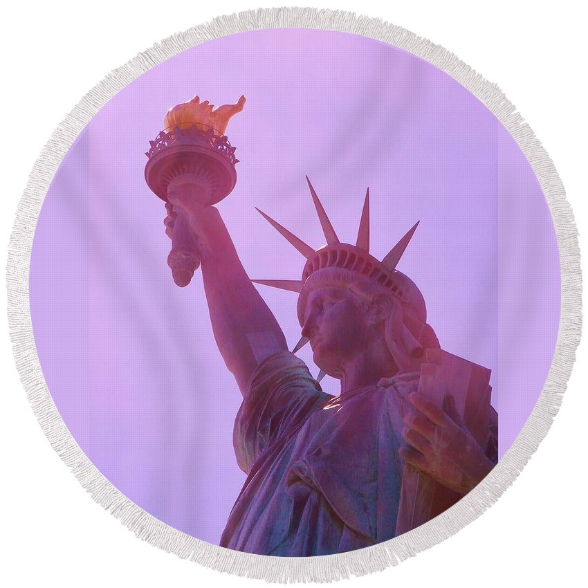 Statue Of Liberty Round Beach Towel featuring the photograph Upheld by Margaret Bobb
