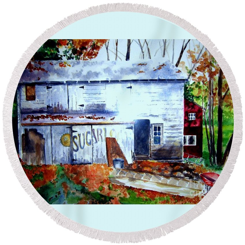 Autumn Round Beach Towel featuring the painting Upstate Barn by Sandy Ryan