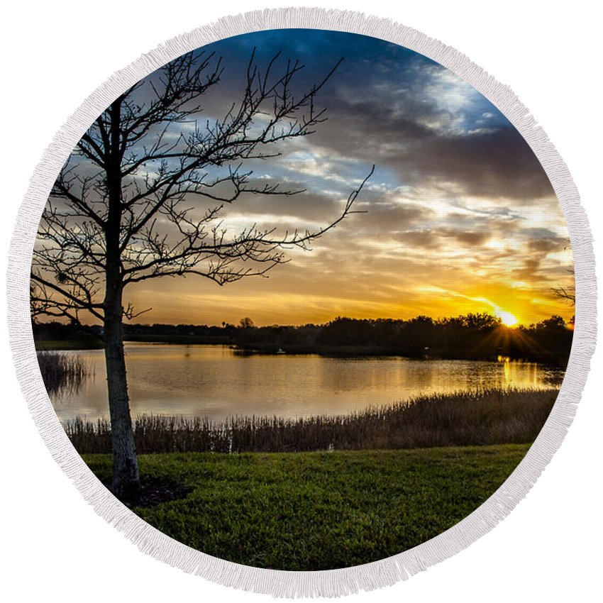 Sunrise Round Beach Towel featuring the photograph Valhalla Sunrise by Norman Johnson
