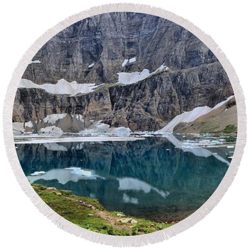 Iceberg Lake Panorama Round Beach Towel featuring the photograph Vanishing Beauty by Adam Jewell