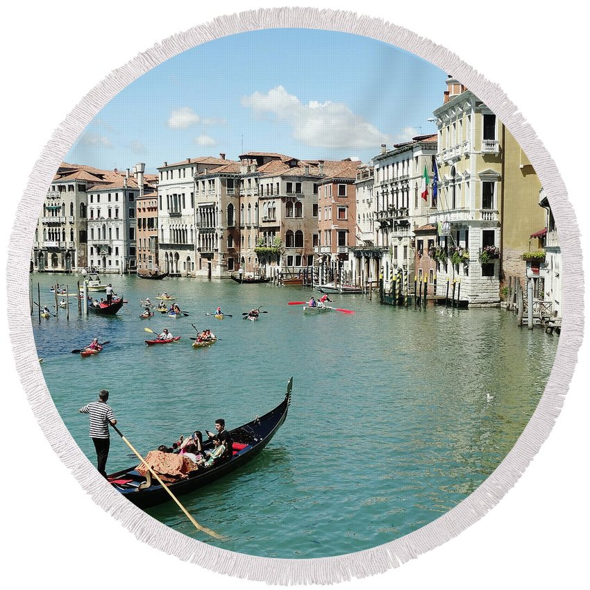 Venice Round Beach Towel featuring the photograph Venice In Colors by Victor Carvalho