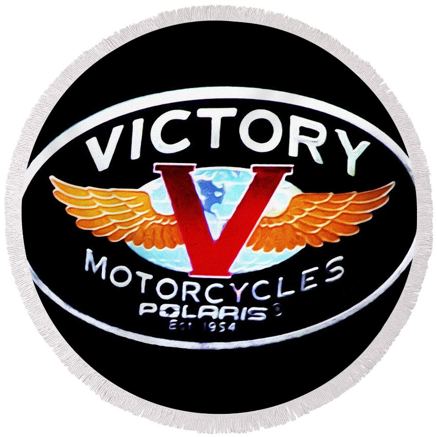 Victory Motorcycles Emblem Round Beach Towel featuring the photograph Victory Motorcycles Emblem by Bill Cannon