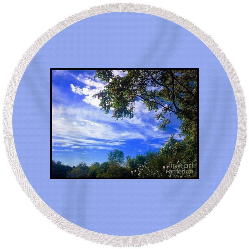 Countryside Round Beach Towel featuring the photograph View Of Countryside In Frederick Maryland In Summer by Debra Lynch