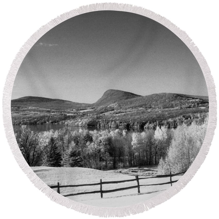Landscape Round Beach Towel featuring the photograph View Of Lake Willoughby by Richard Rizzo