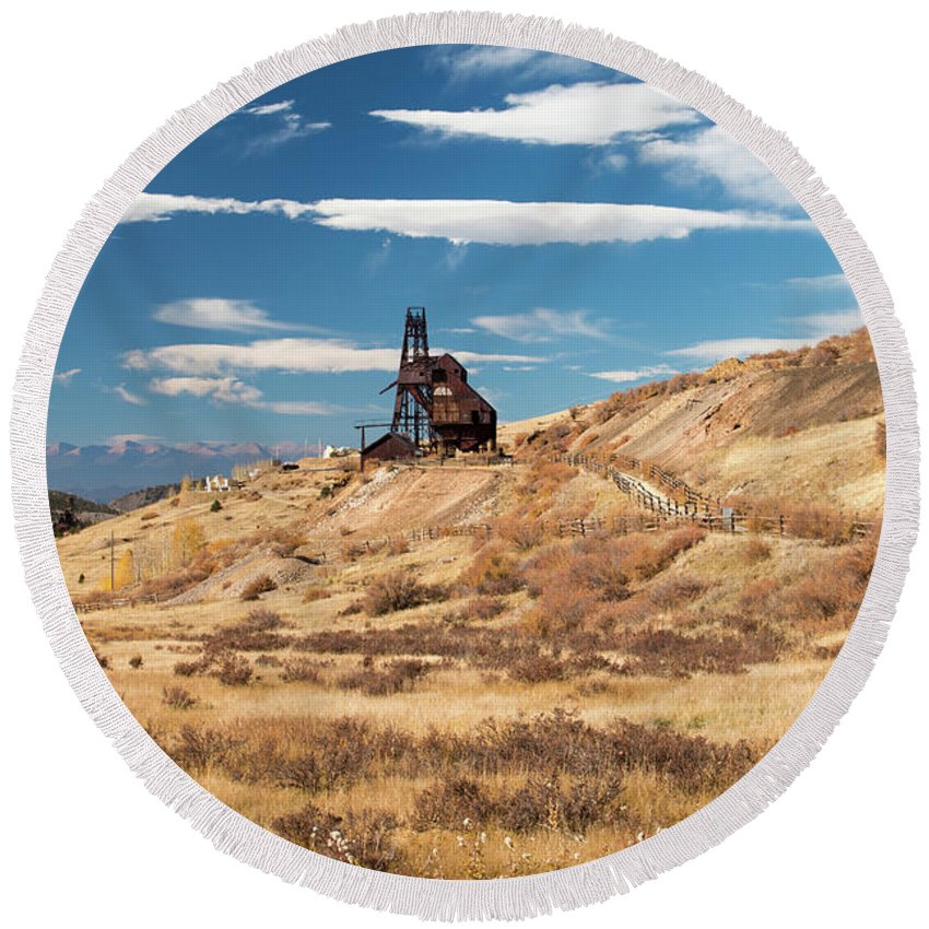 Vindicator Valley Round Beach Towel featuring the photograph Vindicator Valley Mine Trail by Kristia Adams