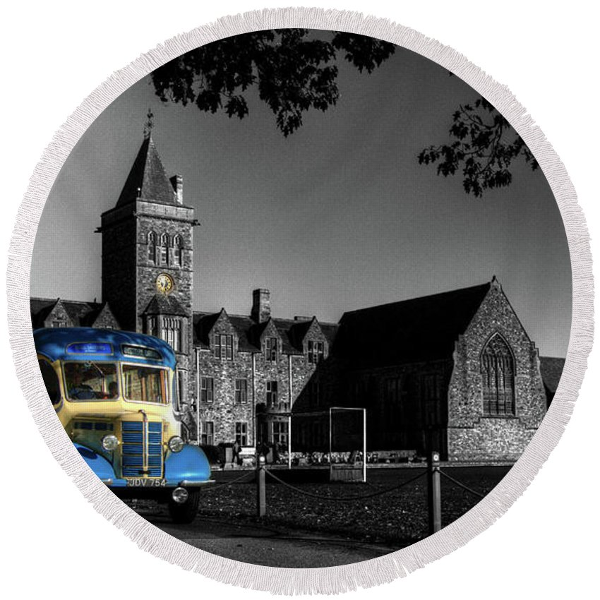 Bus Round Beach Towel featuring the photograph Vintage Bus At Taunton School by Rob Hawkins