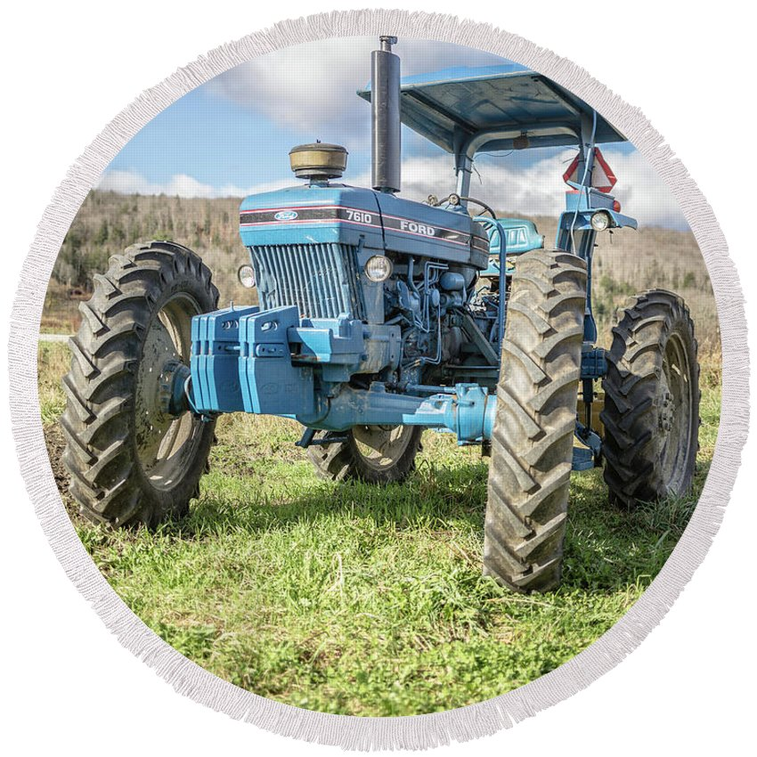 Ford Round Beach Towel featuring the photograph Vintage Ford 7610 Farm Tractor by Edward Fielding