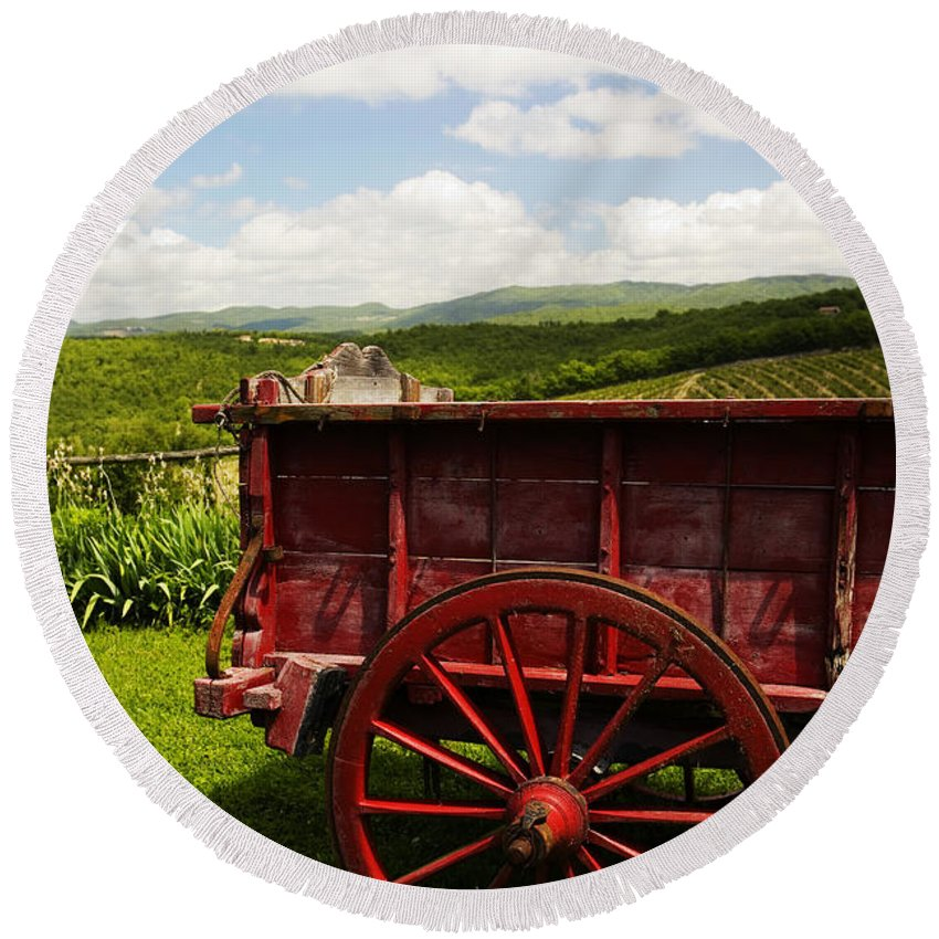 Vintage Round Beach Towel featuring the photograph Vintage Red Wagon by Marilyn Hunt