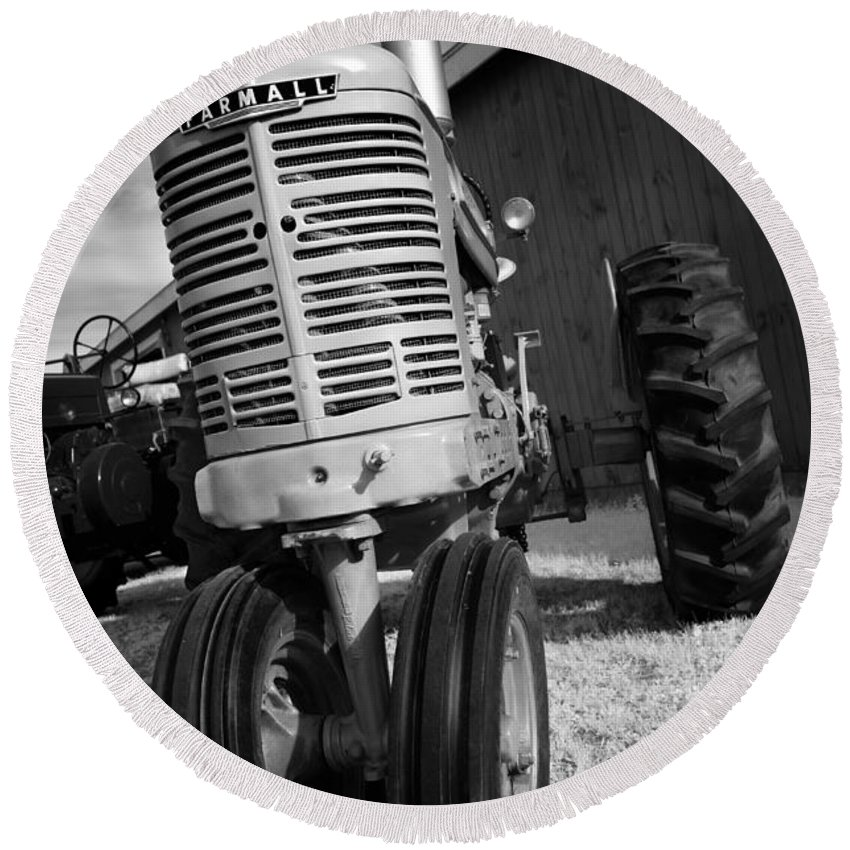 Tractor Round Beach Towel featuring the photograph Vintage Workhorse - Farmall by Luke Moore