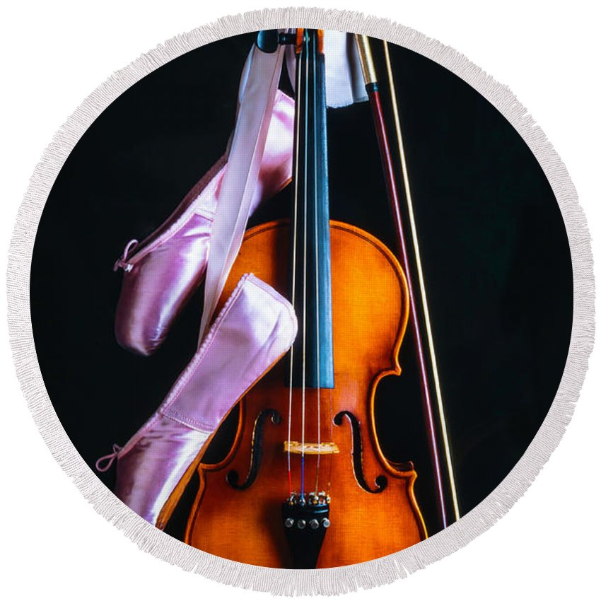 Fiddle Round Beach Towel featuring the photograph Violin And Pointe Shoes by Garry Gay