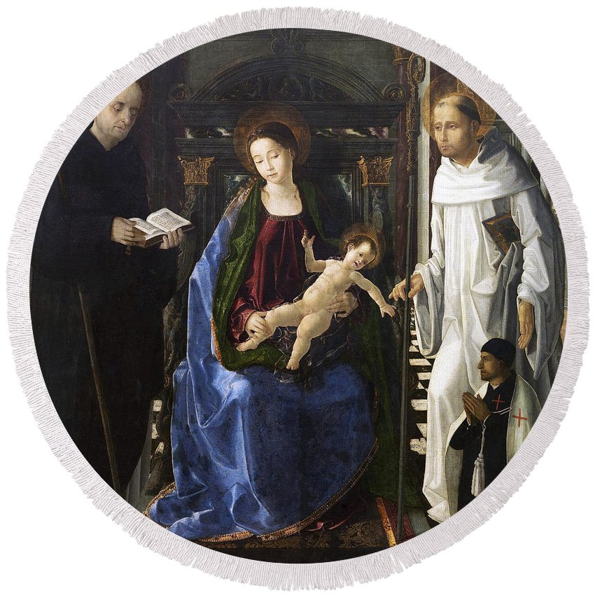 Paolo De San Leocadio Round Beach Towel featuring the painting Virgin Of The Knight Of Montesa by Paolo de San Leocadio