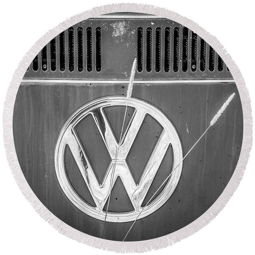 Volkswagen Round Beach Towel featuring the photograph Vw Van Logo by Marilyn Hunt