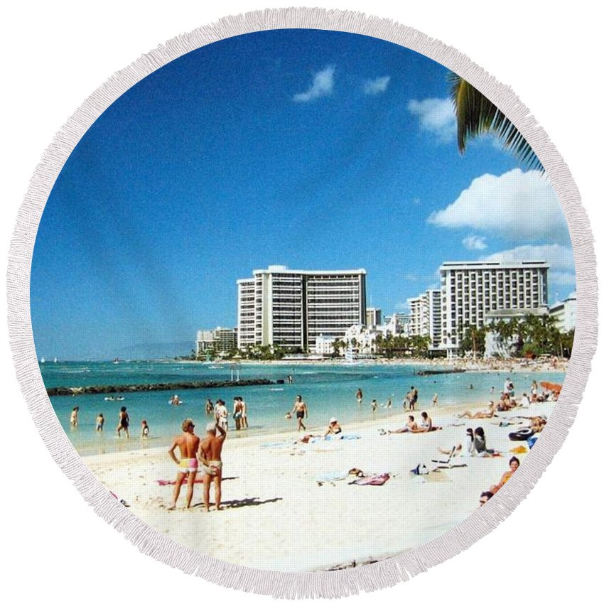 1986 Round Beach Towel featuring the photograph Waikiki Beach by Will Borden