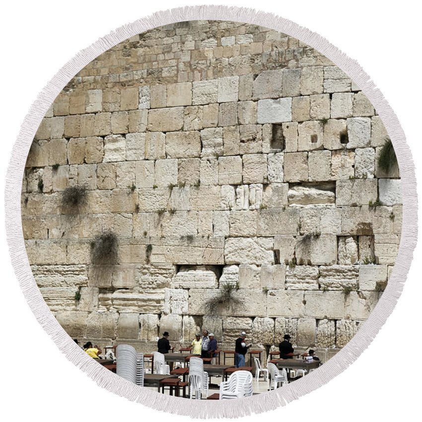 Western Wall Round Beach Towel featuring the photograph Wailing Wall In Jerusalem by Kenneth Lempert