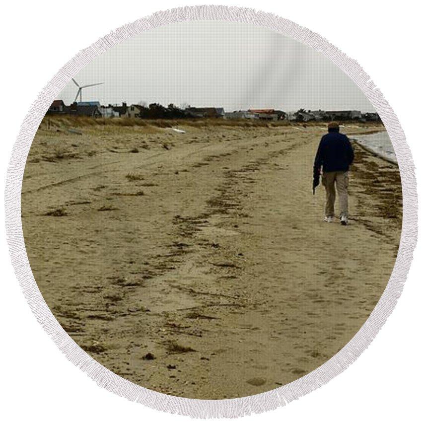 Walker Round Beach Towel featuring the photograph Walking The Beach by Robert McCulloch