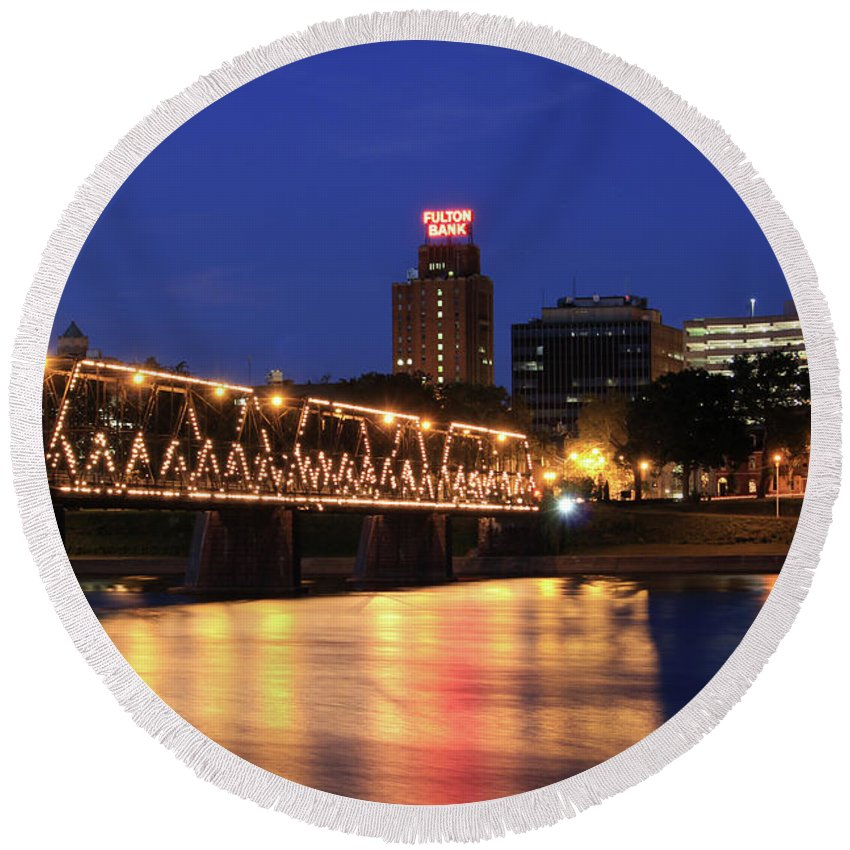 Blue Round Beach Towel featuring the photograph Walnut Street Bridge by Shelley Neff
