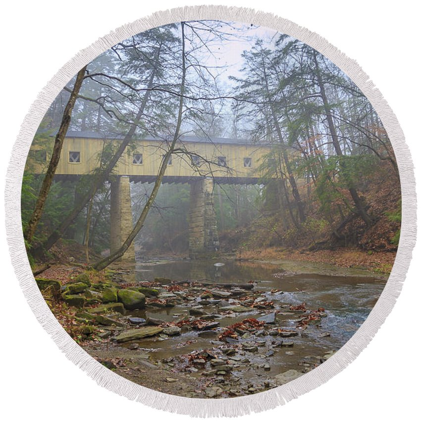 Ohio Round Beach Towel featuring the photograph Warner Hollow Rd Covered Bridge by Jack R Perry