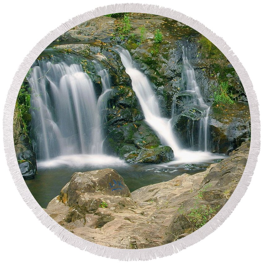 Waterfall Round Beach Towel featuring the photograph Washington Falls 3 by Marty Koch