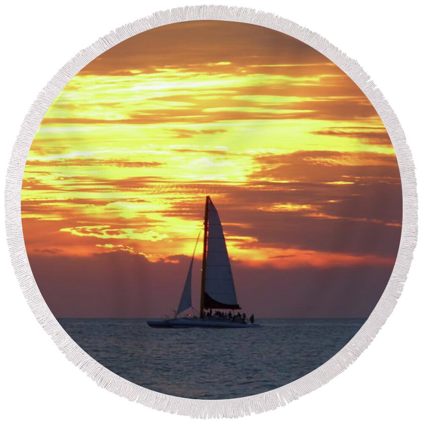 Boat Round Beach Towel featuring the photograph Watching Fire In The Sky by D Hackett