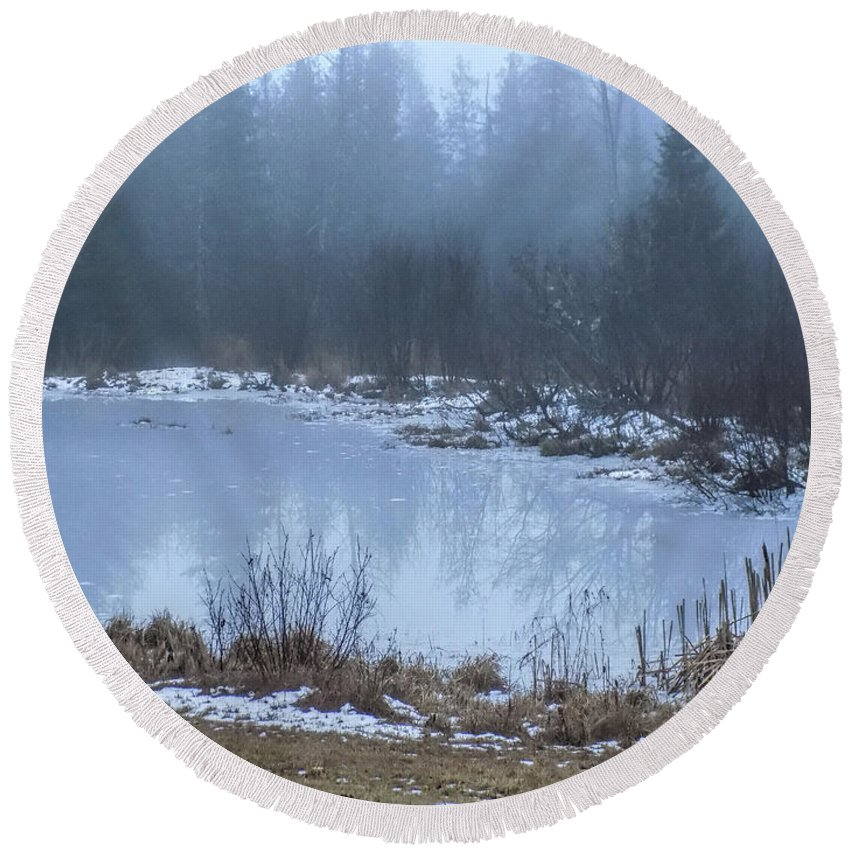 Pond Round Beach Towel featuring the photograph Water On Ice In Fog by William Tasker
