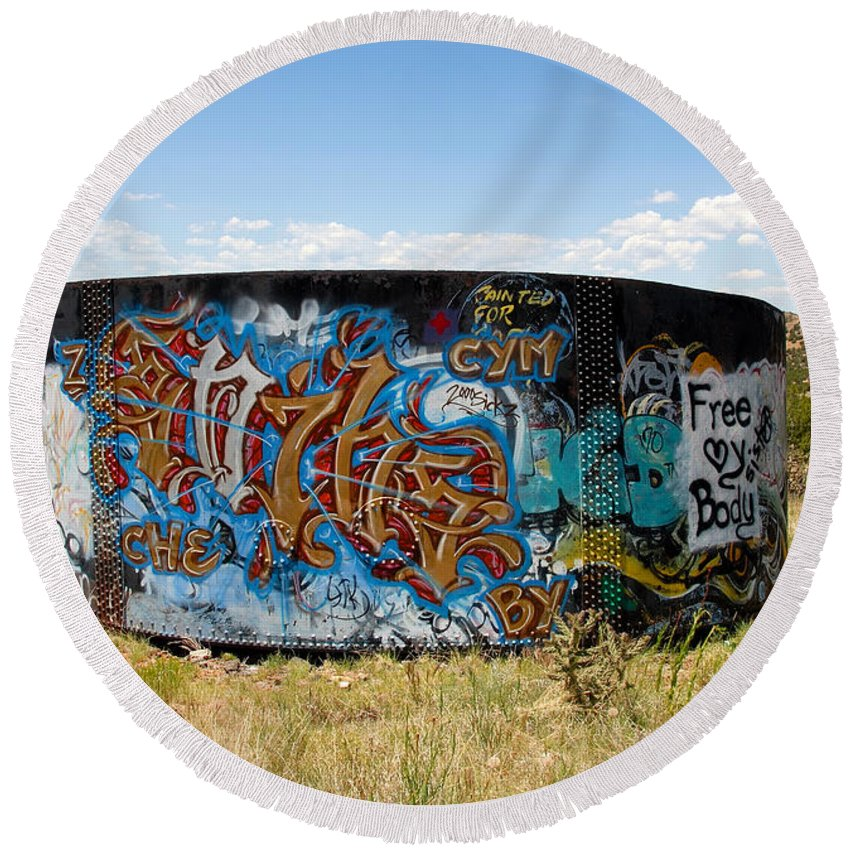 Graffiti Round Beach Towel featuring the photograph Water Tank Graffiti by David Lee Thompson