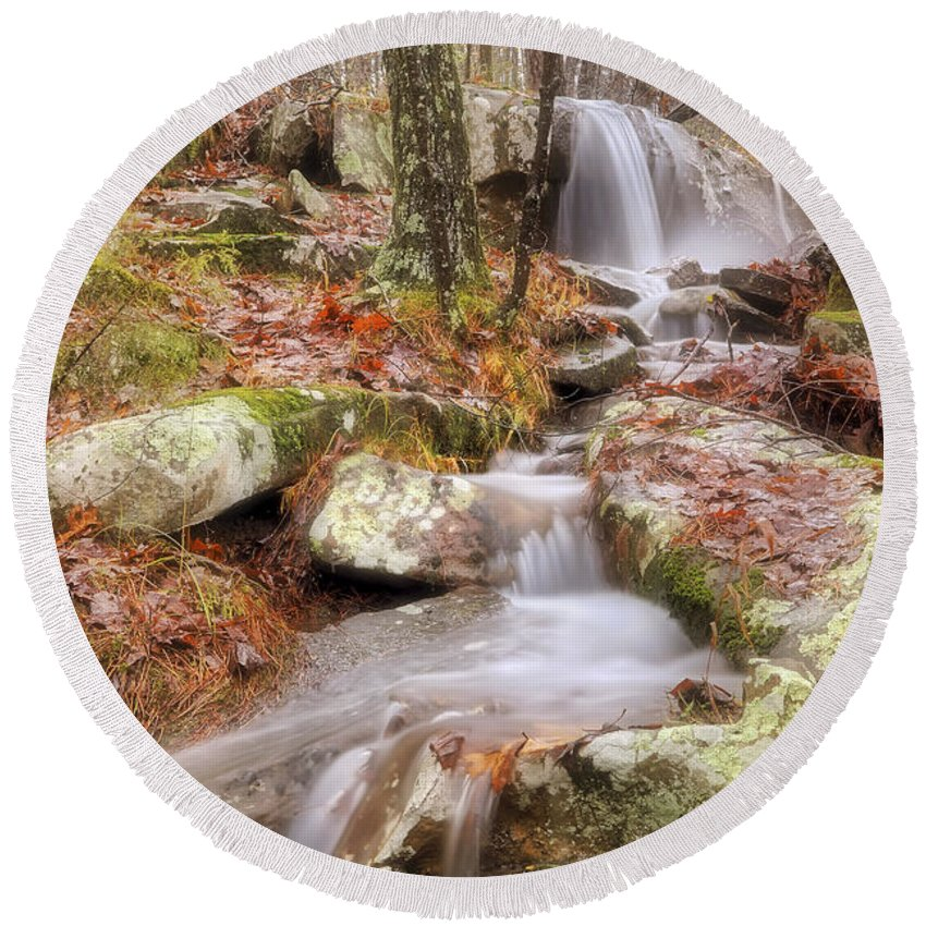 Autumn Round Beach Towel featuring the photograph Waterfall Atop Petit Jean Mountain - Arkansas - Nature by Jason Politte