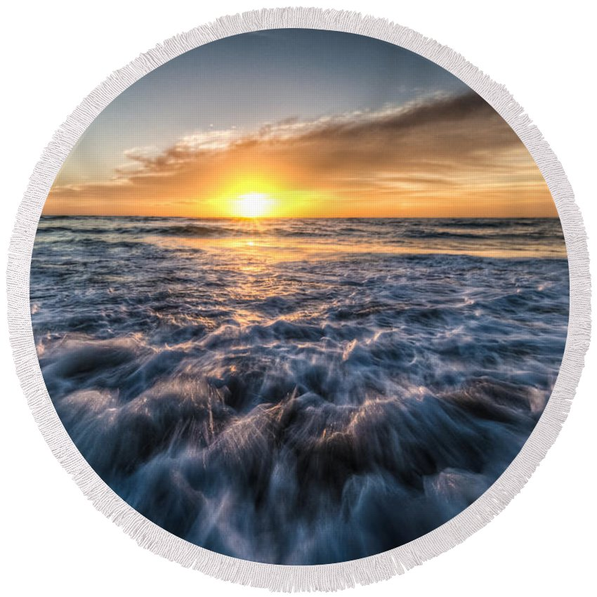 Sunset Round Beach Towel featuring the photograph Waves Of The Sunset by Ronald Kotinsky