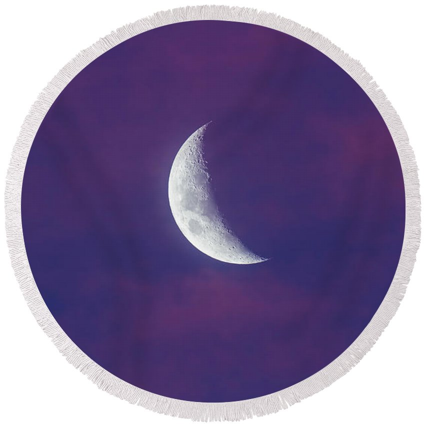 Australia Round Beach Towel featuring the photograph Waxing Moon In Pink Clouds by Alan Dyer