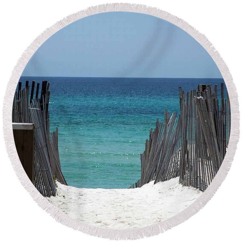 Photography Round Beach Towel featuring the photograph Way To The Beach by Susanne Van Hulst