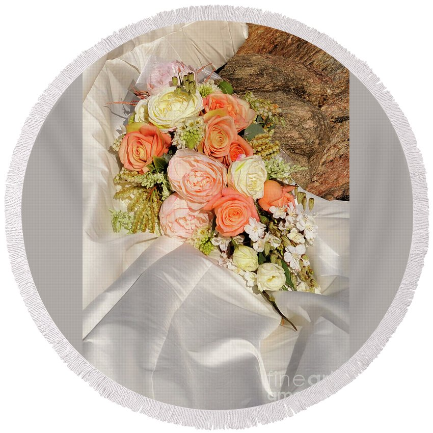 Wedding Round Beach Towel featuring the photograph Wedding Bouquet 01 by Rick Piper Photography