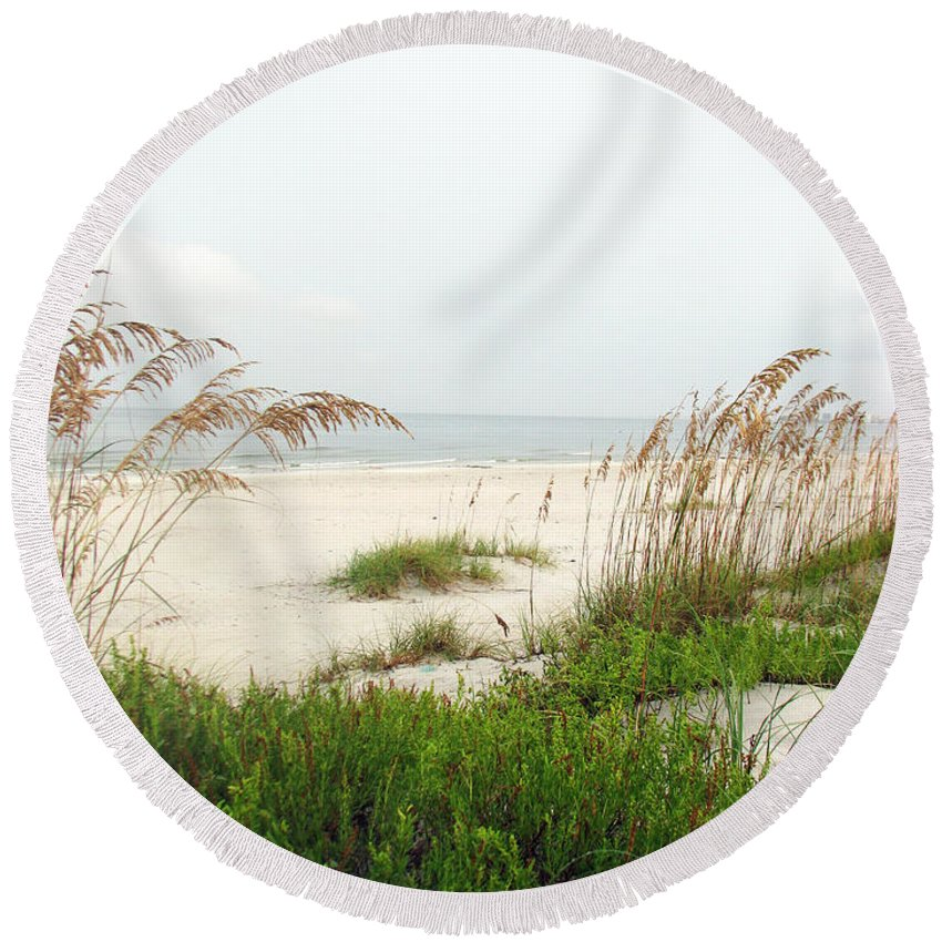 Beaches Round Beach Towel featuring the photograph Welcome by Amanda Barcon